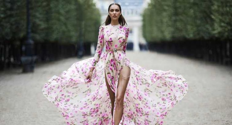 Стильное платье с цветочным принтом: ему все возрасты покорны…