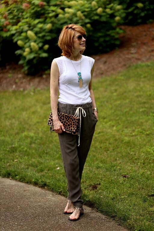 the-middle-page-casual-cotton-pants