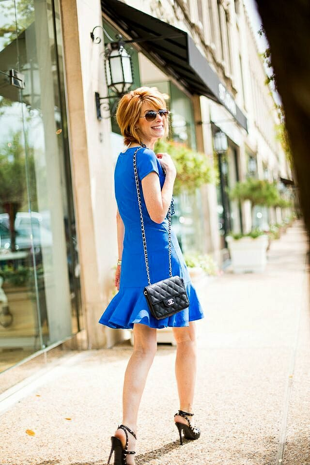 the-middle-page-dvf-fit-flare