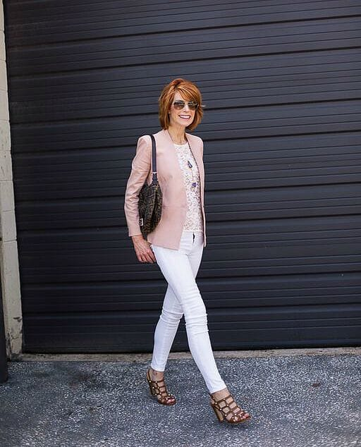 the-middle-page-pastel-blazer