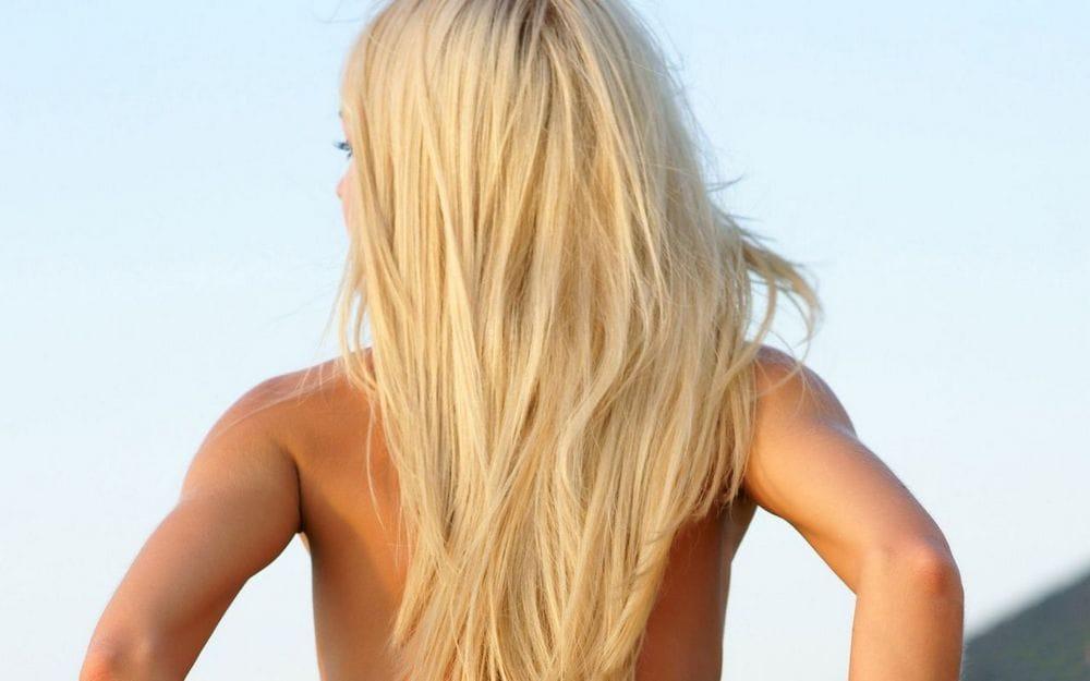 Волосы на теле темнеют