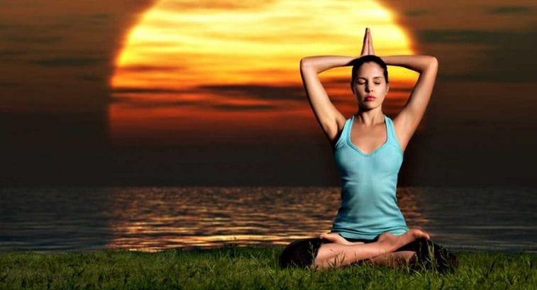 Тибетские упражнения для омоложения организма