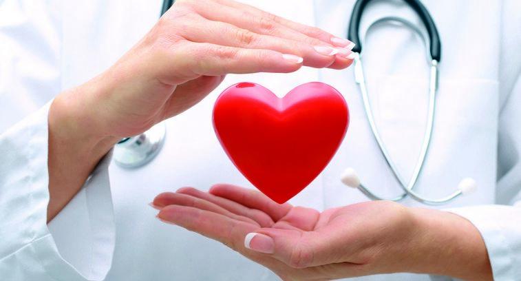 Признаки болезни сердца у женщины за 45
